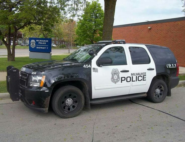f7513755acc526bd7ed87f0680db3a21--police-vehicles-police-cars